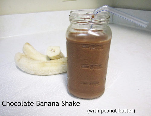chocolate banana shake with peanut butter